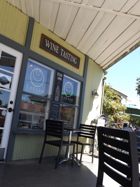 Los Olivos Outdoor Seating