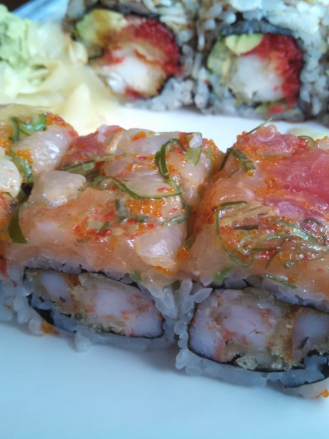 Sushi Mido Midnight Fantasy sushi roll